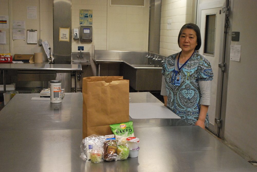 DESPITE PANDEMIC, CAFETERIA STAFF STILL  PROVIDING BREAKFAST, LUNCH FOR STUDENTS